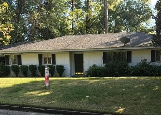 Pre Foreclosure in Vicksburg 39183 MCAULEY DR - Property ID: 1270592961