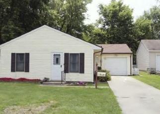 Pre Foreclosure in Decatur 62521 E HILLSHIRE RD - Property ID: 1271132983
