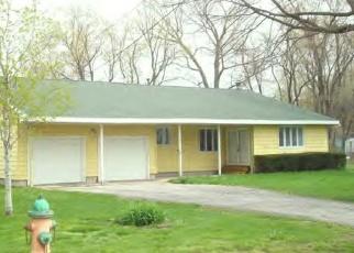 Pre Foreclosure in Decatur 62526 E GRAND AVE - Property ID: 1271138216