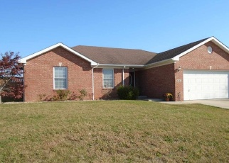 Pre Foreclosure in Seymour 47274 ASHWOOD DR - Property ID: 1271596340