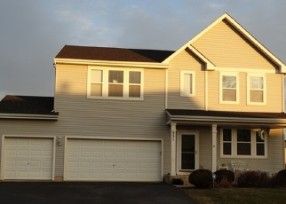 Pre Foreclosure in Hampshire 60140 VALLEY STREAM DR - Property ID: 1271682627