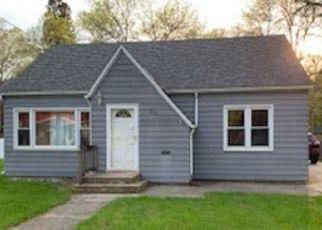 Pre Foreclosure in Sheldon 51201 WASHINGTON AVE - Property ID: 1271780290