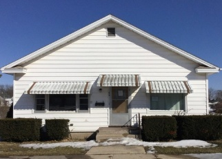 Pre Foreclosure in Chadwick 61014 PLUMMER AVE - Property ID: 1271786427