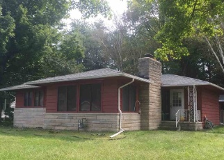 Pre Foreclosure in Plymouth 46563 PENNSYLVANIA AVE - Property ID: 1271799571