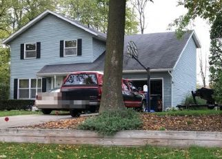Pre Foreclosure in South Bend 46614 FAIROAKS DR - Property ID: 1271874455