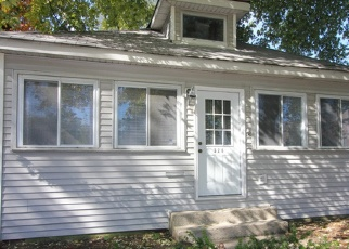 Pre Foreclosure in La Grange 60525 EAST AVE - Property ID: 1271952413