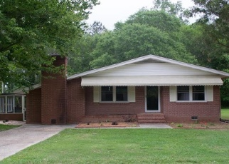 Pre Foreclosure in Timmonsville 29161 WELCH RD - Property ID: 1272441638