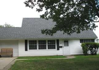 Pre Foreclosure in Levittown 19054 BIRCH DR - Property ID: 1273066625