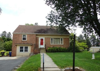 Pre Foreclosure in Reading 19606 W 46TH ST - Property ID: 1273101218