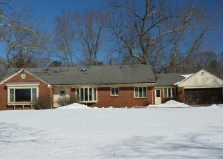 Pre Foreclosure in Johnston 02919 CENTRAL AVE - Property ID: 1274393690