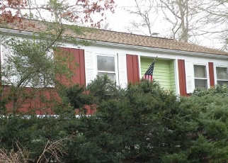 Pre Foreclosure in South Dartmouth 02748 GULF RD W - Property ID: 1274398952