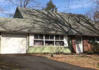 Pre Foreclosure in Levittown 19057 QUINCY DR - Property ID: 1274789167