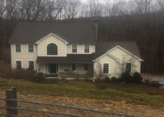 Pre Foreclosure in Newtown 06470 MERLINS LN - Property ID: 1275170207