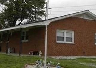 Pre Foreclosure in Patoka 47666 N 175 W - Property ID: 1275587605