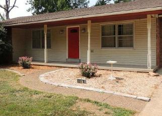 Pre Foreclosure in Newburgh 47630 N BIRCH DR - Property ID: 1275622639