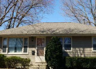 Pre Foreclosure in Cedar Rapids 52405 26TH ST NW - Property ID: 1275840309