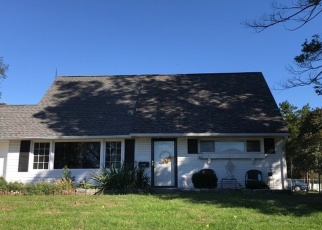 Pre Foreclosure in Levittown 19056 PEONY RD - Property ID: 1276551134