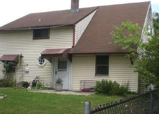 Pre Foreclosure in Levittown 19057 WHITEWOOD DR - Property ID: 1276552906