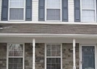 Pre Foreclosure in York 17406 CHARLES CIR - Property ID: 1276836711