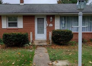 Pre Foreclosure in York 17403 LENTZLYN DR - Property ID: 1276844591