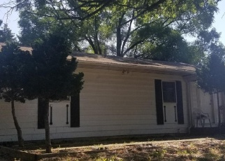 Pre Foreclosure in Great Falls 22066 HARRIMAN ST - Property ID: 1277187971