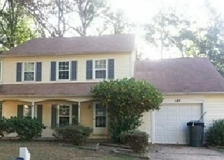 Pre Foreclosure in Newport News 23602 LITTLE JOHN PL - Property ID: 1277287374