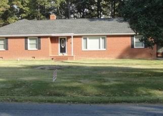 Pre Foreclosure in Glen Allen 23060 MEADOWBROOK RD - Property ID: 1277340369
