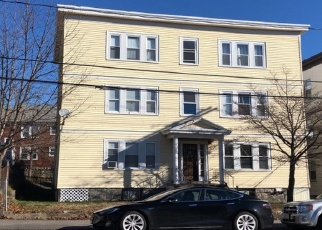 Pre Foreclosure in Hyde Park 02136 METROPOLITAN AVE - Property ID: 1277438477
