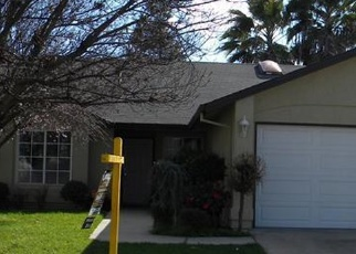 Pre Foreclosure in Riverbank 95367 HAWAII AVE - Property ID: 1277875582