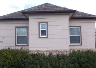 Pre Foreclosure in Flandreau 57028 W 2ND AVE - Property ID: 1277890917