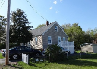 Pre Foreclosure in Swansea 02777 HINSDALE ST - Property ID: 1278181282