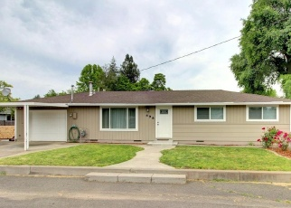 Pre Foreclosure in Central Point 97502 W PINE ST - Property ID: 1278911385