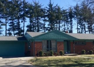 Pre Foreclosure in Toledo 43615 MELODY LN - Property ID: 1279079575