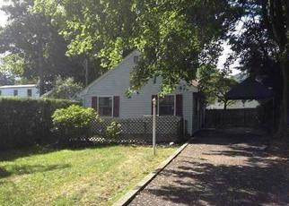 Pre Foreclosure in Huntington Station 11746 CALDWELL ST - Property ID: 1279593758