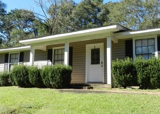 Pre Foreclosure in Theodore 36582 VERSYE AVE - Property ID: 1279840325