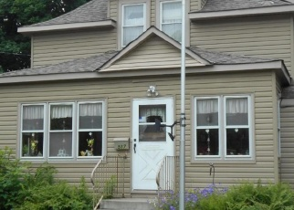 Pre Foreclosure in Cambridge 55008 OLD NORTH MAIN ST - Property ID: 1279977865