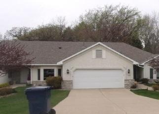 Pre Foreclosure in Eden Prairie 55347 OLD WAGON TRL - Property ID: 1279979607