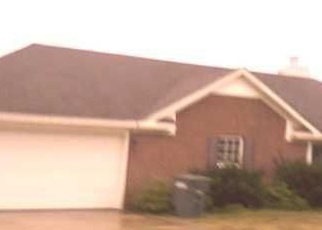 Pre Foreclosure in Hazel Green 35750 ELKWOOD SECTION RD - Property ID: 1280295381