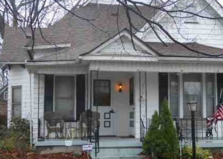 Pre Foreclosure in Terre Haute 47804 N 10TH ST - Property ID: 1280744754