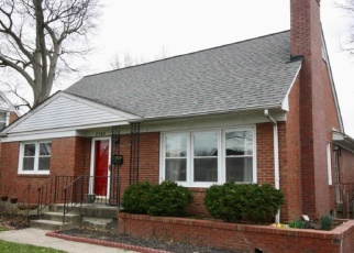 Pre Foreclosure in Louisville 40218 GLENMEADE RD - Property ID: 1280753953