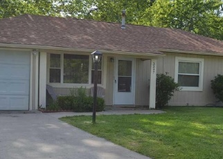 Pre Foreclosure in Topeka 66611 SW CLARE AVE - Property ID: 1280837601