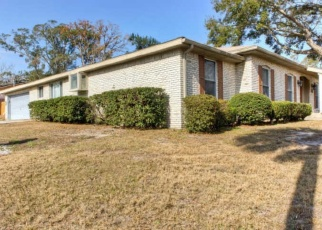 Pre Foreclosure in Jacksonville 32211 PARK FOREST LN - Property ID: 1280945783