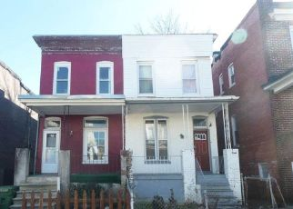 Pre Foreclosure in Baltimore 21218 CATOR AVE - Property ID: 1282375315