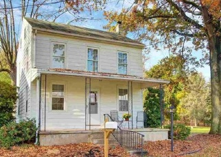Pre Foreclosure in York 17406 WILLOW ST - Property ID: 1282675333