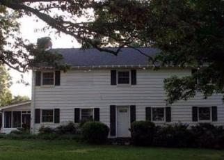 Pre Foreclosure in Bedford 24523 BIG ISLAND HWY - Property ID: 1282972724
