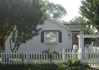 Pre Foreclosure in Hampton 23664 S FOURTH ST - Property ID: 1283011702