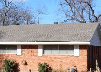 Pre Foreclosure in Grand Prairie 75050 NW 8TH ST - Property ID: 1283283239