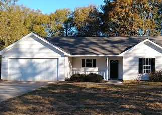 Pre Foreclosure in Barnesville 30204 CARRIAGE TRCE - Property ID: 1284052773