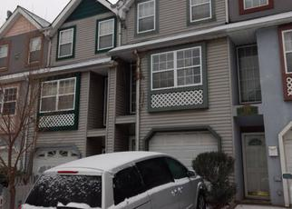 Pre Foreclosure in Staten Island 10303 MARINERS LN - Property ID: 1284427676