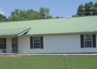Pre Foreclosure in Muldrow 74948 EAGLE ROCK RD - Property ID: 1285326842